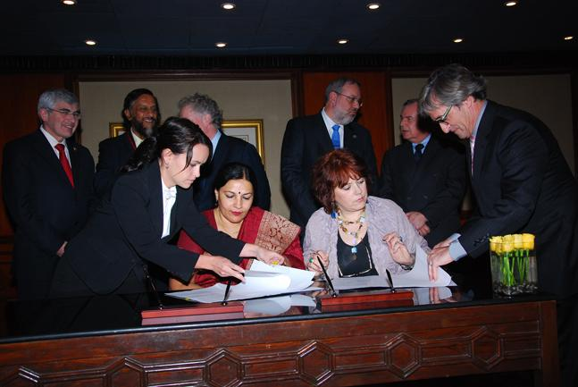 Quebec MoU Signing on 5 February 2010